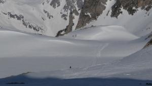 Esquiando sobre uno de los lagos