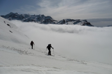 Mar de nubes sobre el Col du Portalet