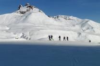 Valle de Aneou. Eneko, Javi, Iñaki, Jorge y Fermín bajo el Peyreget