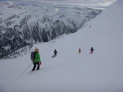 Garmo negro esquí de montaña