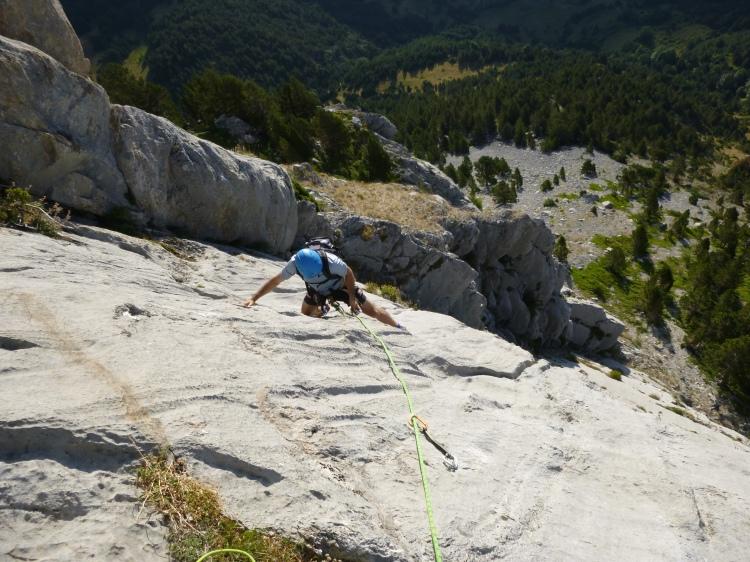Escalada en Foratata con guía de montaña